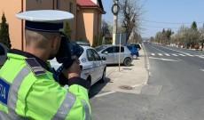 Atenţie, şoferi! Agenţii de la Rutieră fac prăpăd! Zeci de permise, reţinute şi sute de amenzi aplicate