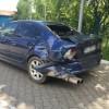 Accident la Răzvad! Un microbuz de marfă a intrat într-un BMW