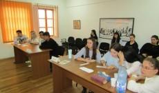 """Azi, la Târgovişte – Concursul tematic """"Independenţa, năzuinţă seculară a naţiunii române"""""""