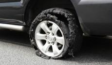 La temperaturi ridicate, pe distanţe mai lungi şi viteze mari, creşte considerabil riscul ca pneul să explodeze