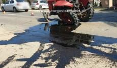 Accident la Slobozia Moară. O femeie care conducea un tractor a intrat într-un tir
