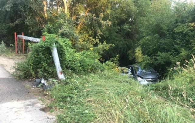 Accident înfiorător! Doi tineri au plonjat cu mașina în apă