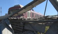 Primele imagini surprinse după ce un tren a deraiat la Doiceşti. Reacţia călătorilor