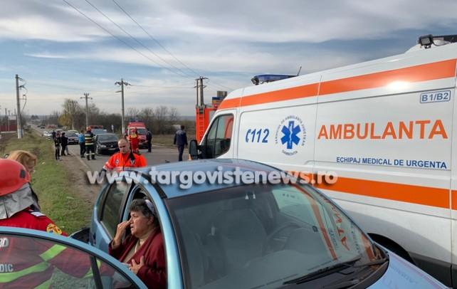 Impact violent la ieşirea din Dragomireşti către Târgovişte. 3 oameni au fost răniţi