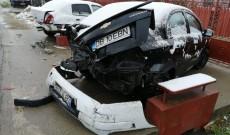 Video! Un şofer, de 20 de ani, a făcut dezastru pe şosea. Patru maşini, grav avariate. Totul a fost filmat