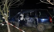 Giurgiu: O femeie a murit, iar un bărbat şi trei copii au fost răniţi după ce maşina în care se aflau a ieşit de pe şosea şi s-a lovit de un copac; şoferul era băut