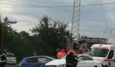 O şoferiţă, de 70 de ani, a intrat cu maşina pe contrasens şi a făcut accident, la Brăteşti