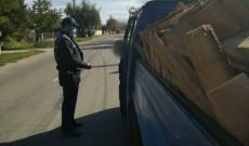 Controale pe linie de silvicultură. Peste 200 de amenzi, lemn confiscat şi dosar penal