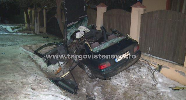 Imagini şocante după accidentul de la Odobeşti! Din BMW nu a mai rămas decât un morman de fiare