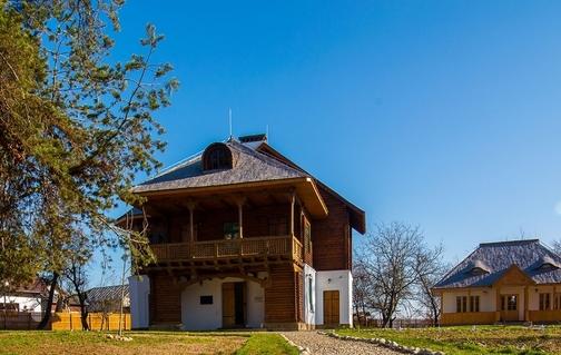 casa-atelier-gabriel-popescu--