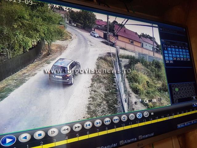 Maşina condusă de suspectul olandez, surprinsă pe străzile din Gura Şuţii!