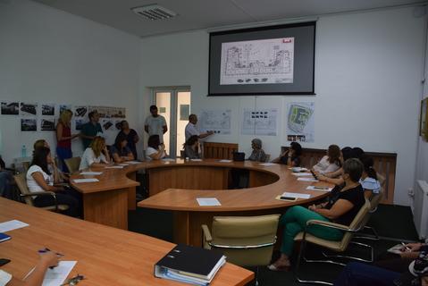 """Dezbatere publică pentru proiectul """"Conservarea, restaurarea şi valorificarea clădirii Fosta Școală de Cavalerie"""""""