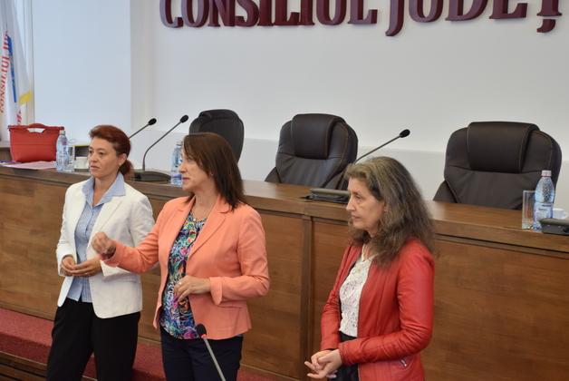 CJ Dâmboviţa cere ajutorul Facultăţii de Turism din cadrul ASE Bucureşti, pentru promovarea turistică
