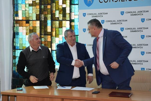 CJ Dâmboviţa s-a asociat cu UAT-urile Comişani, Ulmi şi Văcăreşti, pentru zona industrială