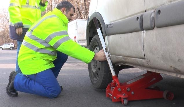 Dâmboviţa – Aproape  jumătate dintre maşinile verificate de RAR au deficienţe tehnice majore