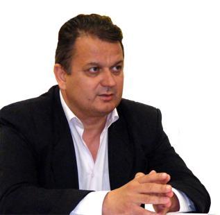 Preşedintele PNL Dâmboviţa, ales lider al grupului senatorilor PNL