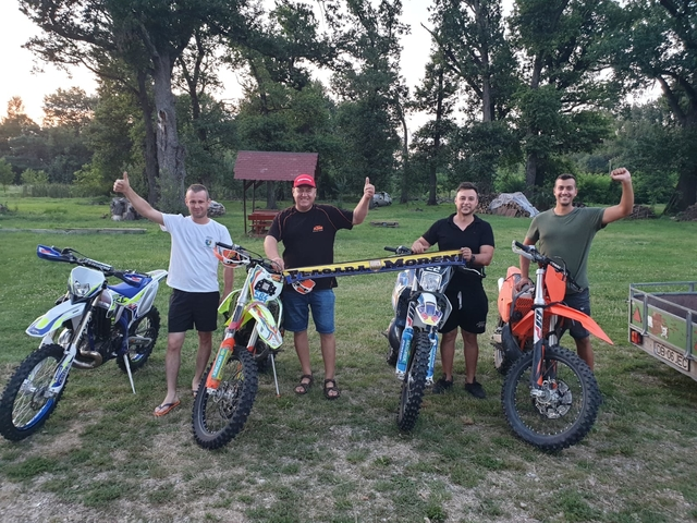 Echipă din Moreni, pe podium la Endurocross
