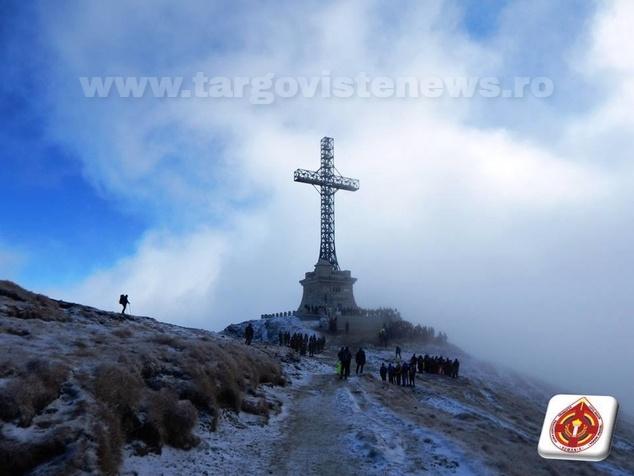 Crucea de pe Caraiman a fost resfinţită