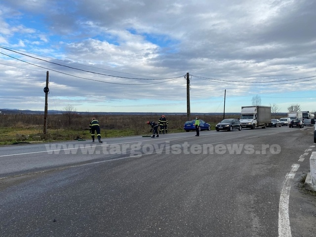 Accident cu patru maşini, la intersecţia de la Nisipuri