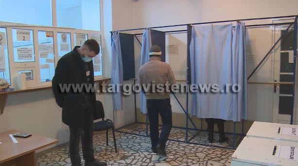 Prezenţa la urne: Câţi dâmboviţeni au votat până acum