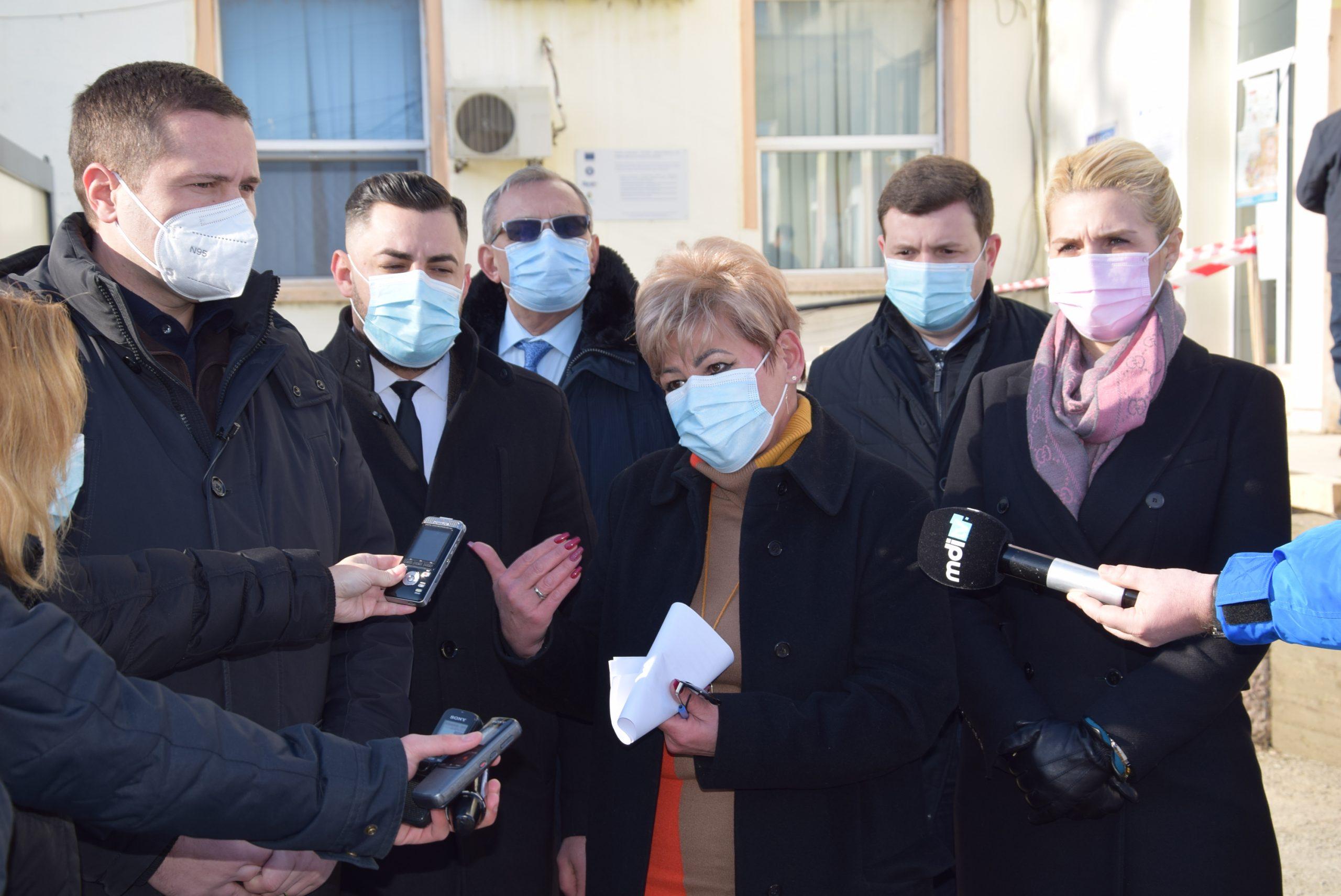 Container special pentru pacienţii suspecţi de COVID-19,  în dotarea Spitalului Municipal Moreni