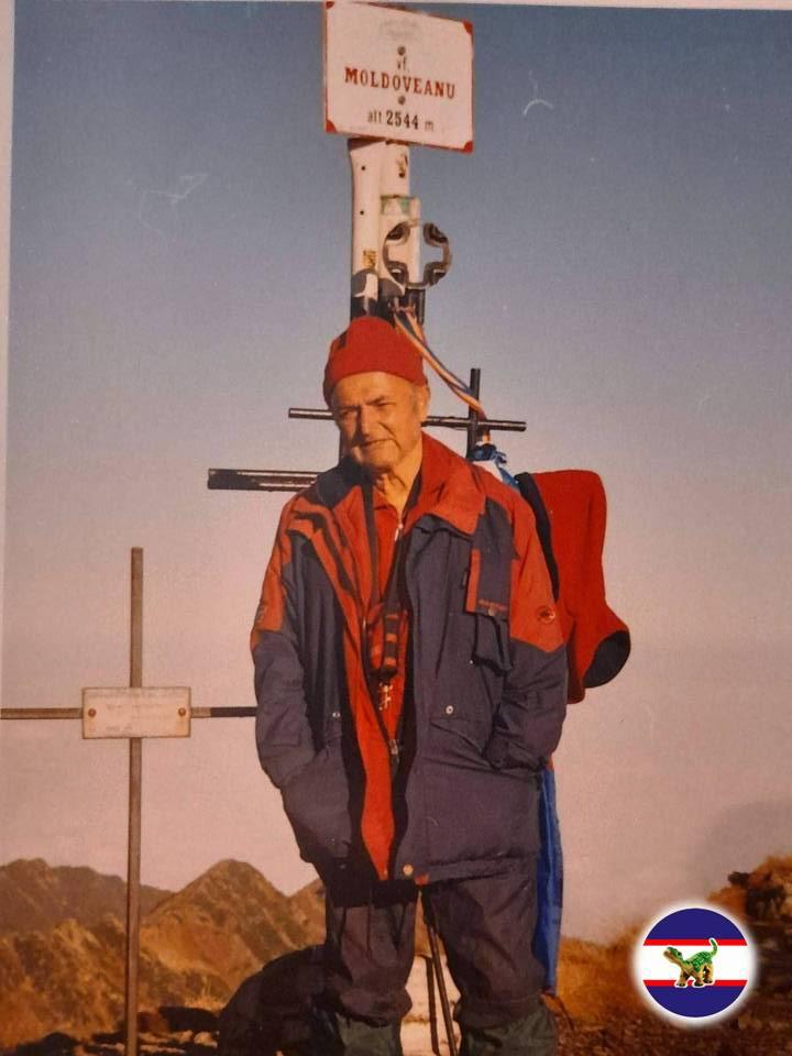 """A murit nea Mirică, """"doctorul"""" Salvamont Dâmboviţa. """"Discret, tăcut și curat, așa cum a știut să trăiască și să ajute oamenii pe munte…"""""""