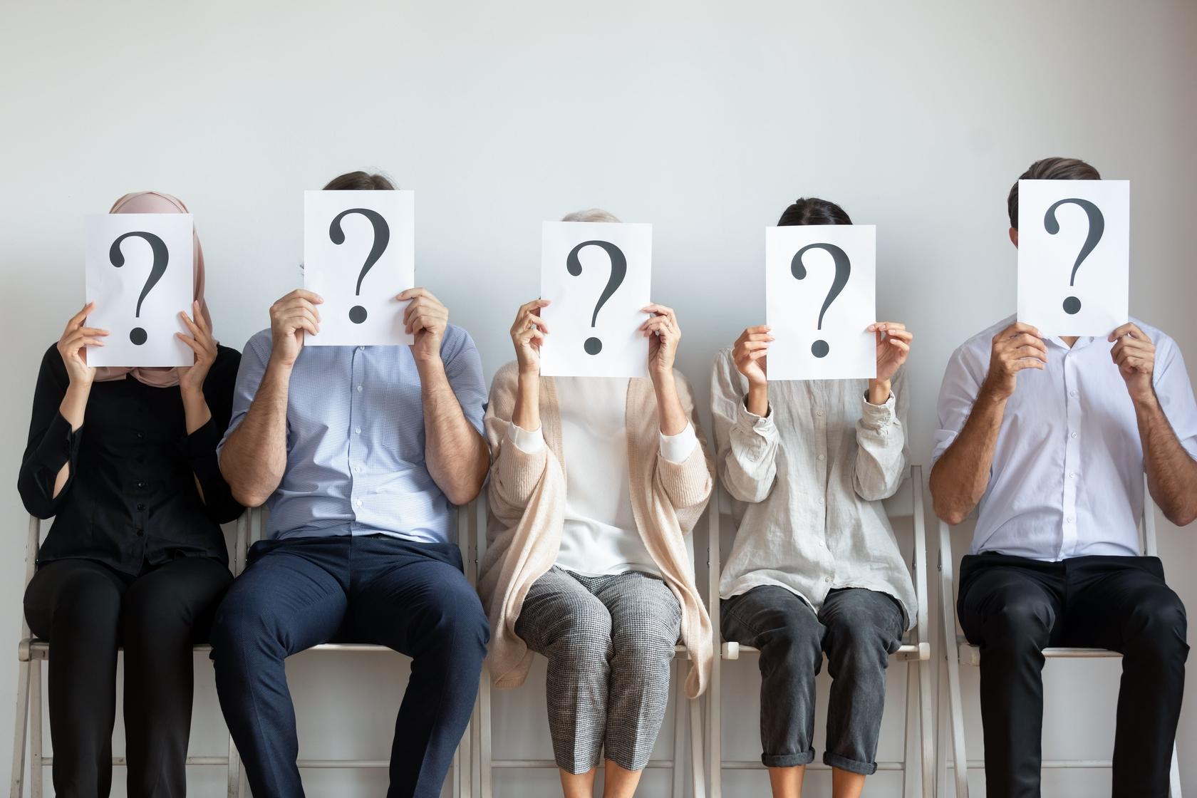 TOP 4 cele mai nonconformiste meserii! Tu știi ce presupun de fapt aceste joburi?