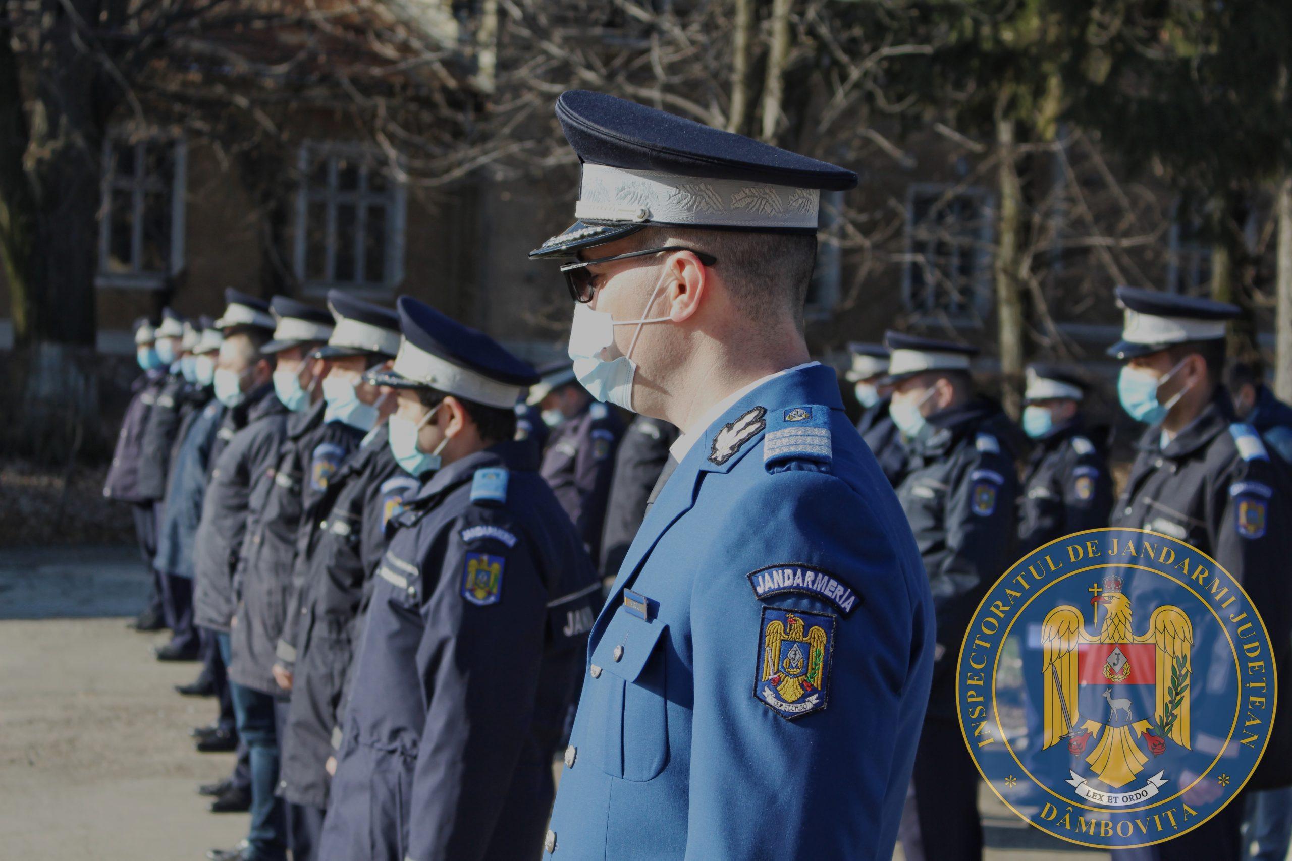 Trei subofițeri jandarmi au fost înaintați în gradul de căpitan