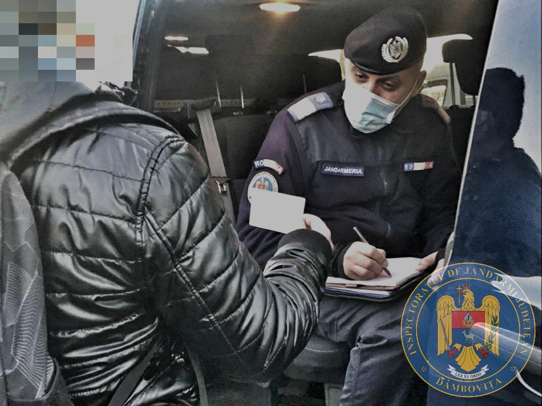 147 de dâmboviţeni, amendaţi de jandarmi pentru că nu au respectat măsurile din starea de alertă