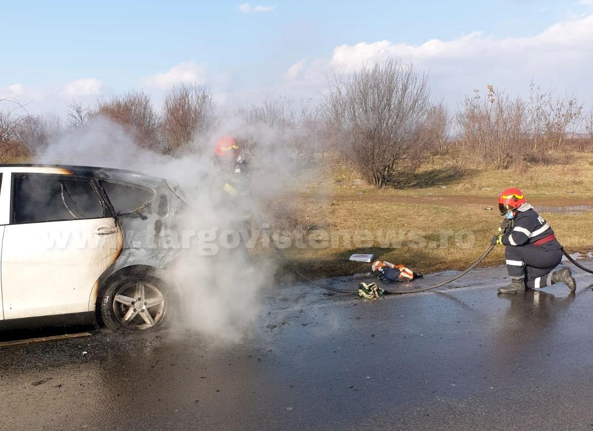 Priseaca – O maşină pe GPL a luat foc în mers