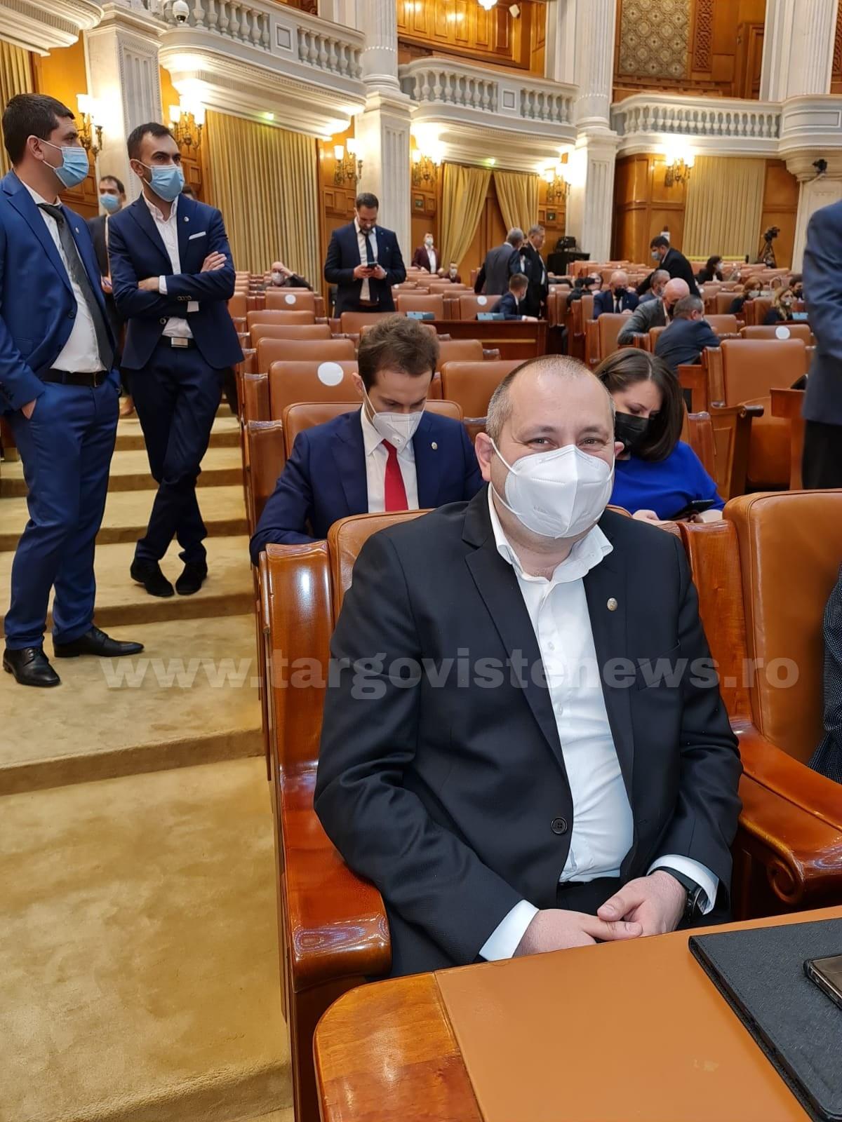 """Situație halucinantă în Parlamentul României. Deputatul Daniel Blaga – """"Nu credeam că e posibil ca un parlamentar să preia abuziv conducerea unei ședințe"""""""