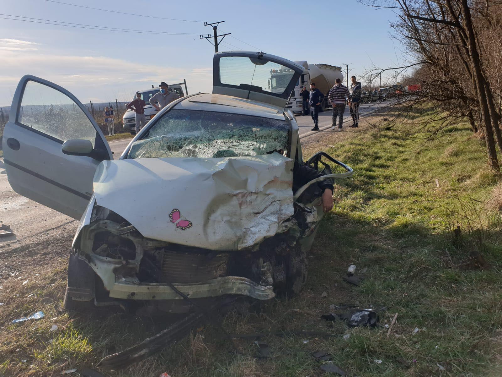 Accident mortal pe DN 72A, după Priseaca, spre Voinești. Doi oameni au decedat, o persoană este în stare critică