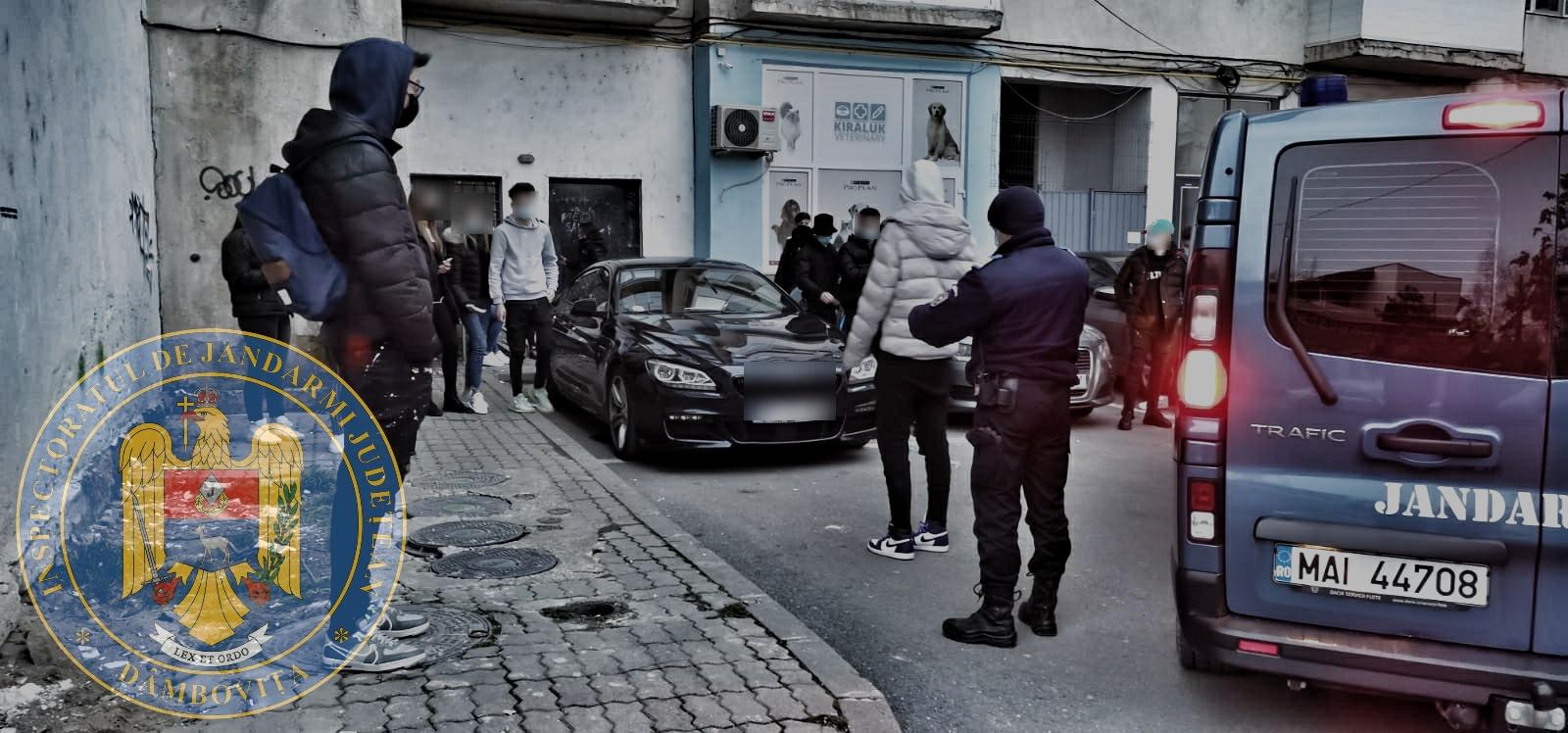 Târgovişte – 30 de tineri care sărbătoreau un majorat, în aer liber, s-au trezit cu jandarmii pe cap