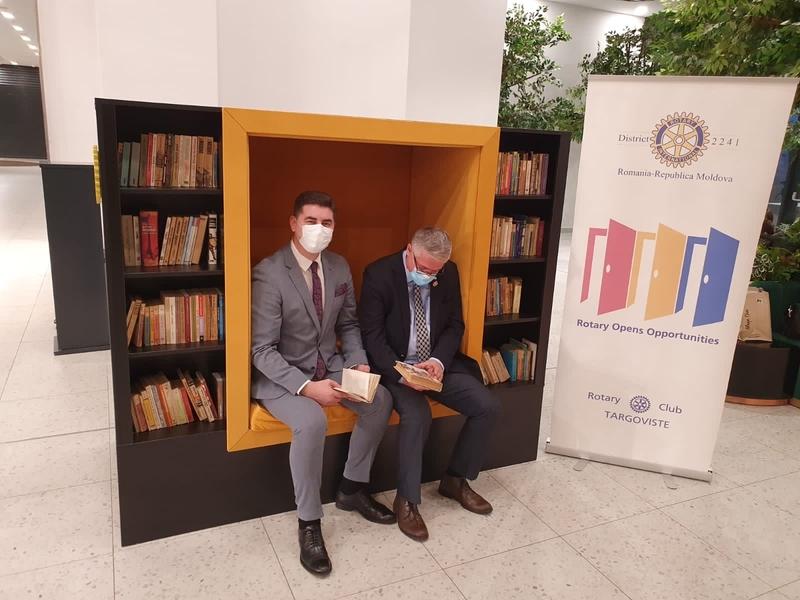 Târgoviște – Invitație la lectură. Peste 500 de cărți, în mall