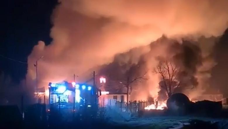 S-a declanșat iadul la o stație de prelucrare a produselor petroliere din Prahova