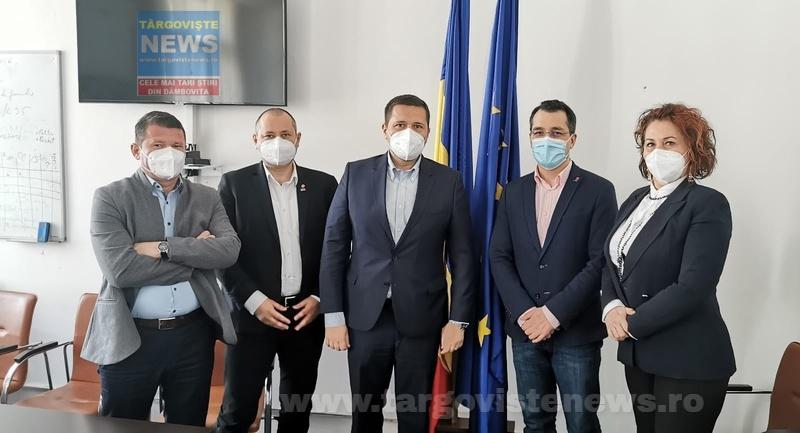 """Daniel Blaga, deputat USR PLUS de Dâmboviţa:""""Când sănătatea comunității este în joc, culoarea politică nu mai contează"""""""