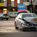 Accident teribil în centrul oraşului Târgovişte. Două maşini s-au ciocnit în intersecţie