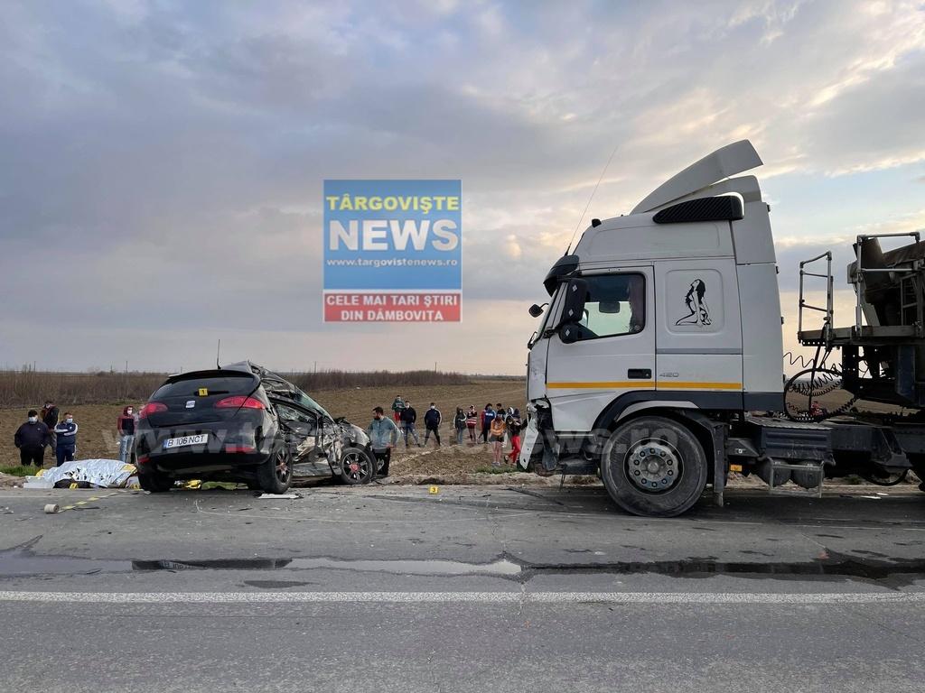 Primele imagini surprinse după tragicul accident în care doi fraţi au murit, la ieşirea din Lunguleţu