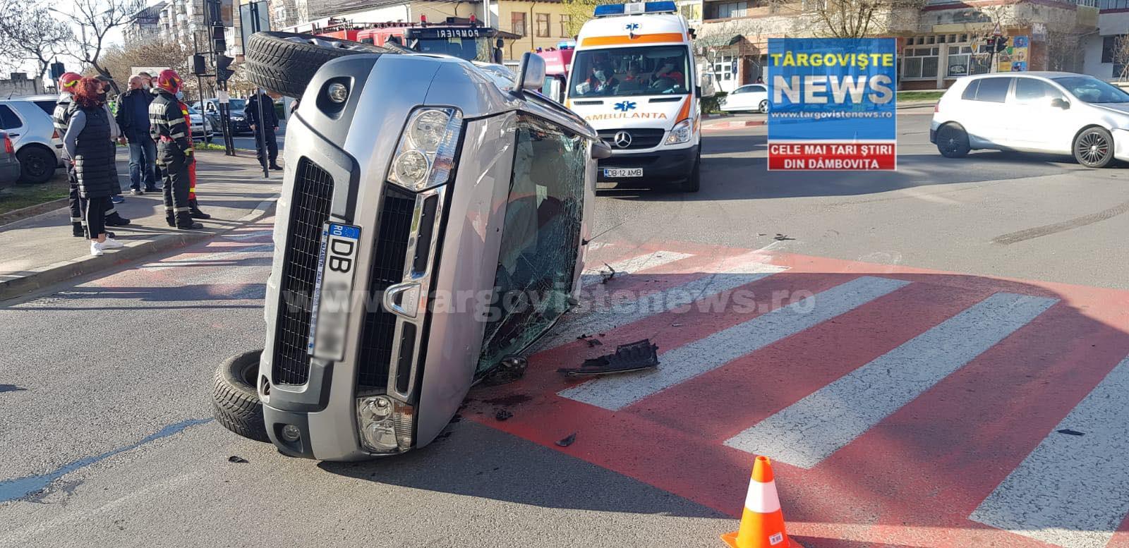 """Accident spectaculos lângă """"Biserica Sârbilor"""", în Târgovişte"""
