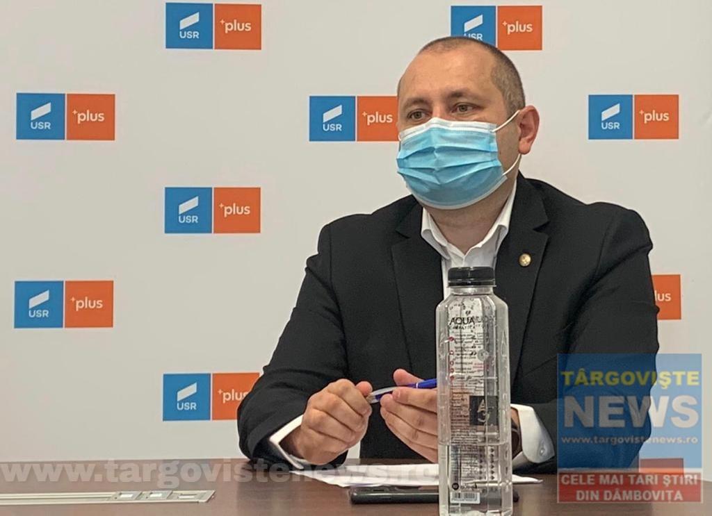 """Deputatul Daniel Blaga: """"Dacă aveți încredere în știință, vaccinați-vă și feriți-i pe cei din jur, purtând masca de protecție și păstrând distanța"""""""