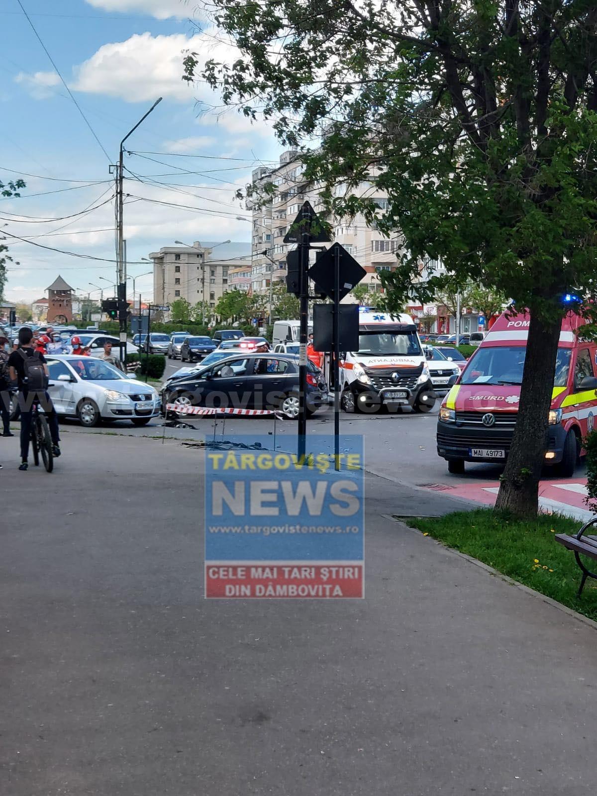 O şoferiţă a provocat un accident în intersecţia de la Biserica Sârbilor, în Târgovişte