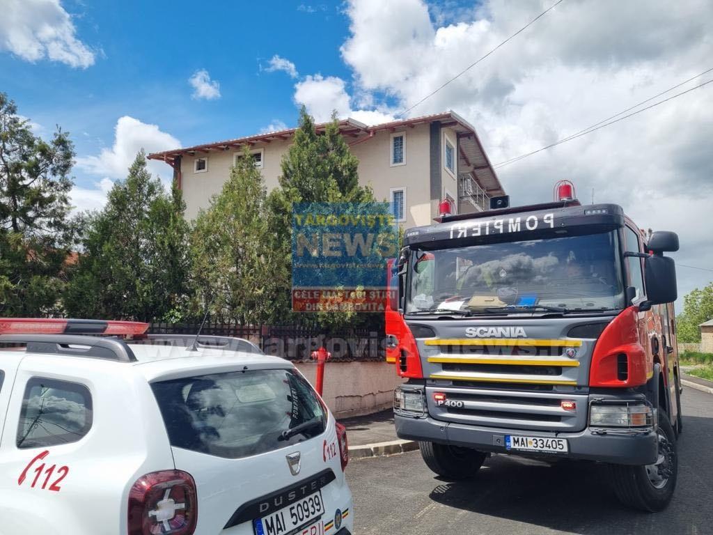 20 de persoane au fost evacuate dintr-un centru social din Târgovişte, după ce a izbucnit un incendiu
