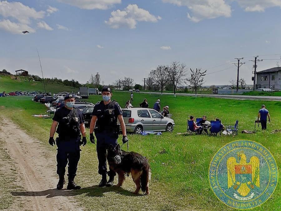 Jandarmii, în control în zonele aglomerate