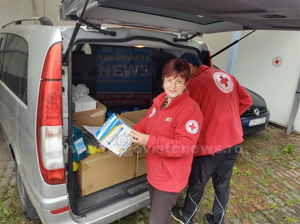 Crucea Roşie a venit în sprijinul centrelor de vaccinare din Târgovişte