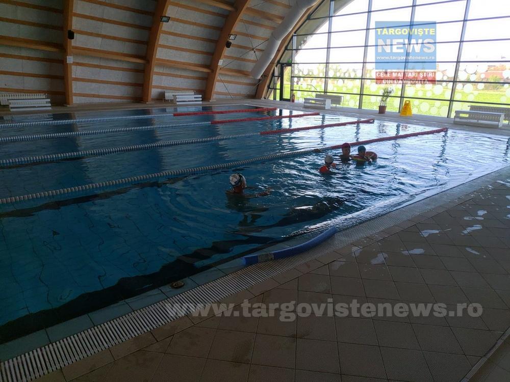 Găeşti – S-a deschis bazinul de înot