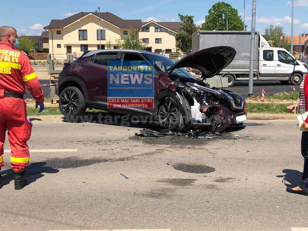Un șofer beat a provocat un accident de circulație soldat cu trei mașini avariate și doi răniți, la Corbeanca