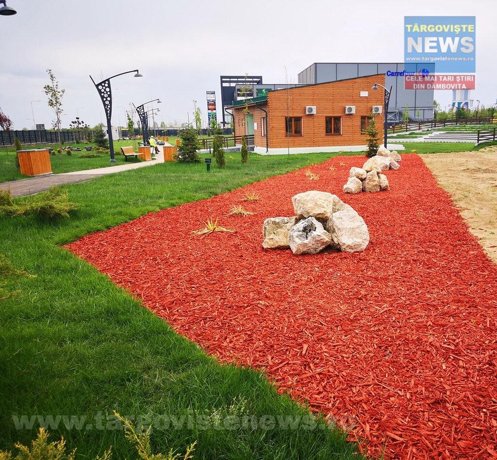 Târgovişte – Parcul de lângă mall, în faza de recepţie