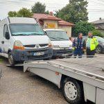 """Târgovişte: """"Continuă ridicarea mașinilor abandonate pe domeniul public și eliberarea locurilor de parcare ocupate nejustificat"""""""