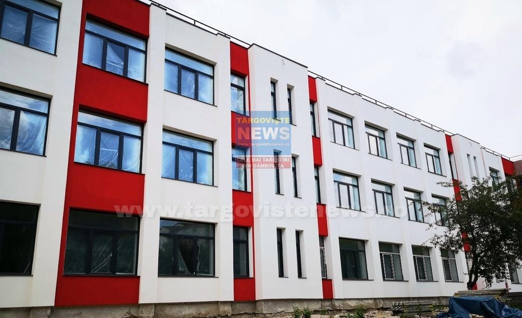 Târgovişte – Lucrările la Şcoala Matei Basarab, realizate în proporţie de 80 la sută