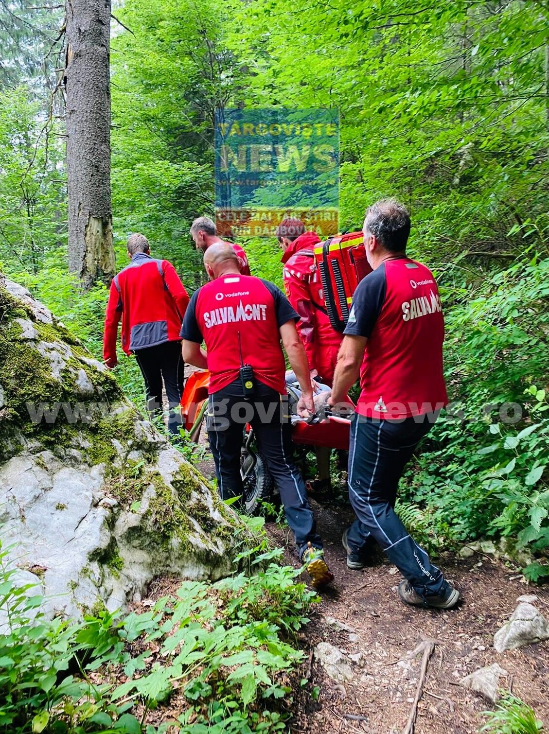 Cheile Zănoagei – Un turist rănit a avut nevoie de intervenția salvatorilor montani